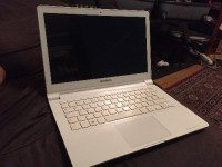 "Laptop, Electronics, Samsung NP915, Samsung ATIV Book 9 Lite NP915, white,  1.4 GHz Processor, 4 GB RAM, 128 GB SSD, 13.3"" LED HD. I used this item as my personal laptop for a year, it's in good conditions and works very well."