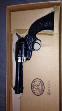 baretta stampede 44/40, Gun, none, Gun is practically brand new. Has only been fired 2-3 times. no scratches or marks