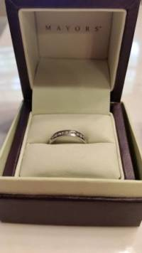 Mayors Platinum and Diamond Wedding Band, It is 5.6 grams of platinum (solid, heavier feel to it) with 1/4 carat diamonds. , Like new