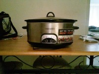 Slow cooker, Other, Crockpot cooks meat or chicken slowly