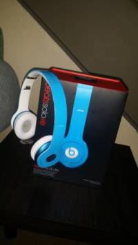 Dr.Dre beats, For sale are Dr.Dre beats blue in color., Like new