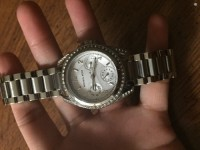 Michael kors watch, Luxury Watch, Michael Kors, No scratches, it looks new, worn a few times, have extra wristlets all you need to do is go to nordstrom & get it sized for free