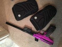 Bob Long 2012 MVP paintball Gun, Gun, Bob Long 2012 MVP pump gun, Paintball protection/sliding knee pads with the Gun