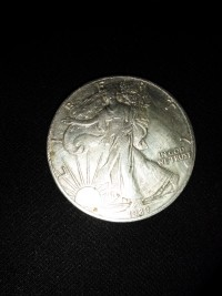 Liberty 19891oz. Silver dollar, Precious Metal or Stones, Silver 1oz.
