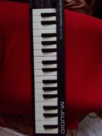 Keystation Mini 32 , Musical Instruments, Equipment, Keystation Mini 32 M-Audio