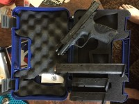 Handgun, , Smith&Wesson M&P pro series .40, Original box. All papers. 2 clips and a 15 round extended clip