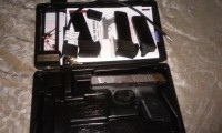 Rugger sr 9c, Gun, Ruger sr 9c, three clips, case, two locks with keyes and booklet