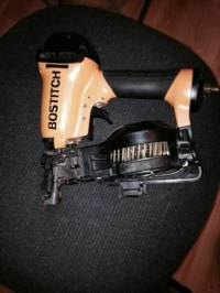 Bostitch shingle nailer , Selling a used bostitch rn46 magnesium shingle nailer. It is in excellent condition. , Like new
