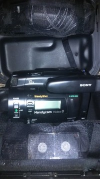 Sony video camera recorder , case and all cords., Tools, Equipment, Sony, handycam Video8