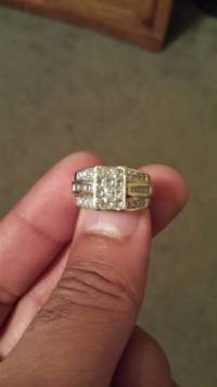 14k 1ct diamond ring, A 14k 1ct diamond ring like new, Like new