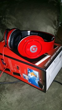 Beats by dre , Red beats by dre studios , New, still in box
