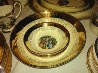 Royal China Warranted 22 K Gold Early American Scene Flatware se, Antique, Collectible, Full set of flatware including dinner plates salad plates soup bowls and cups and a platter and gravy bowls