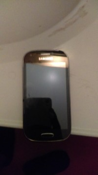 Android smart phne, Electronics, Samsung, 2013, NO DAMAGE, & IS 2 YEARS OLD.