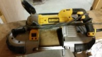 dewalt Dwm120 band saw, Tools, Equipment, Dewalt ban, deep cut,  variable speed, infrared light that is visible in low light conditions, and only 3 months old.