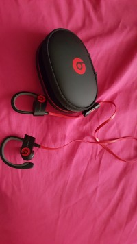 Beats by dr dre power beats head phones , Electronics, Beats by dr dre power beats head phones , n/a, Beats by dr dre power beats head phones