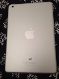 Apple iPad, Apple iPad White, Gently used