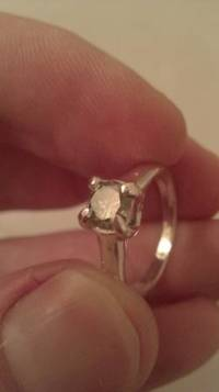.54 ct green diamond engagement ring platinum, Size 6 engagement platinum ring it has light green diamond weight is  .54 ct., Like new