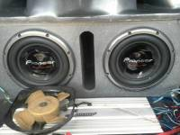 "pioneer subs, Two 3500 watt 12"" Pioneer champion series pro subs like new, Like new"