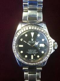 Mens Rolex Submariner - Diamond Bezel, Rolex submariner from the 90s it has a 2.5 carrot bezel g color Gently used, Like new