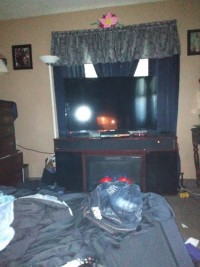 50in tv element 50in tv no damage with original stand and remote - 50in Tv