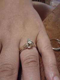 10k gold ring, 10k gold ring gently used, Like new