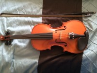 """15"""" Viola, Glaesel VA20E1 model Viola, 15"""". Serial #: J13880. Top is Solid Spruce, back and side are Maple. Bridge and pegs are Ebony. String were switched out for Thomastik Dominant strings., Gently used"""
