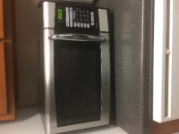 Microwave, Awesome condition Emerson microwave