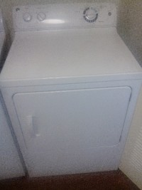 dryer, White General Electric  Dryer Mod. #GTDX180GD4WW Serial number GD703081c