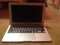 Apple MacBook Air 2010, Flawless condition no scrapes, scratches, or crackes high speed 6gb