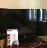 46 inch Flat Screen TV, Hisense 46k 360M Series, Black, Controller Manuals Wall Mounts , Like new