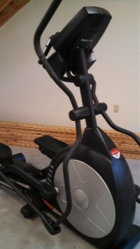 Sole E25 Elliptical trainer, Sole Model E25 Elliptical trainer. Like New. Only used 3  times.
