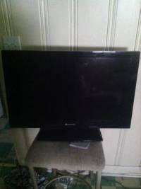 Element TV 32in 1080p, 32 inch Element, works fine, LCD-1080p-120Hz