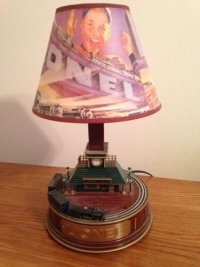 Lionel Train Lamp, Other, Working and in good condition. Lionel train lamp. Sounds and movement.