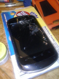 smartphone, Electronics, zte groove x501, 4ft 2'1/2 in broken & damged bout 3 or 4 years old