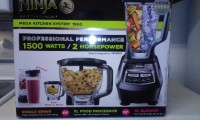 "Ninja Kitchen Food Blender Processor & Slicer ""1500"", Other, Ninja Mega Kitchen Food Processor 1500. It blends, makes dough, slices, chops and shreds vegetables like lettuce and potatoes. It's also a juicer. Its black with very sharp blades. Never been used still wrapped in plastic and in its original box."