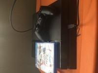 Playstation 4 , Electronics, Sony, One controller and one game