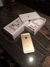 iPhone 5s , Electronics, Apple,352003068163888, light ware , no cracks on screen, comes with charger and earbuds.