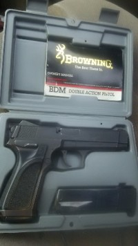 browning bdm 9mms luger, Gun, 15 and 10 round clip, BDM double action pistol 15 end clip and 10 rnd clip factory box and manuel