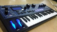 novation mininova, Musical Instruments, Equipment, Novation Mininova 37 key analog modeling synthesizer with built in vocoder complete with gooseneck mic, power supply, usb cable, full instructions, Gator paded case with storage pocket, and shoulder strap.