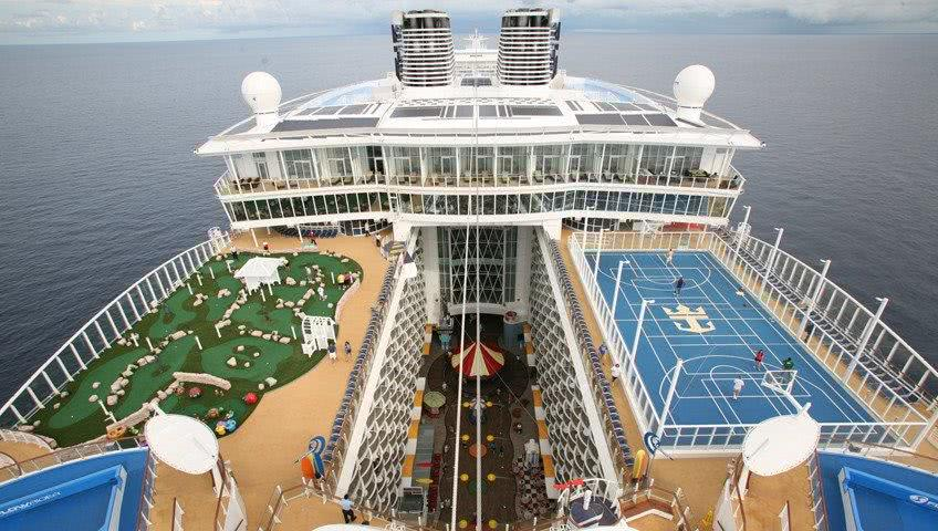 World's Largest Cruise Liner Has Impressive Storage Space