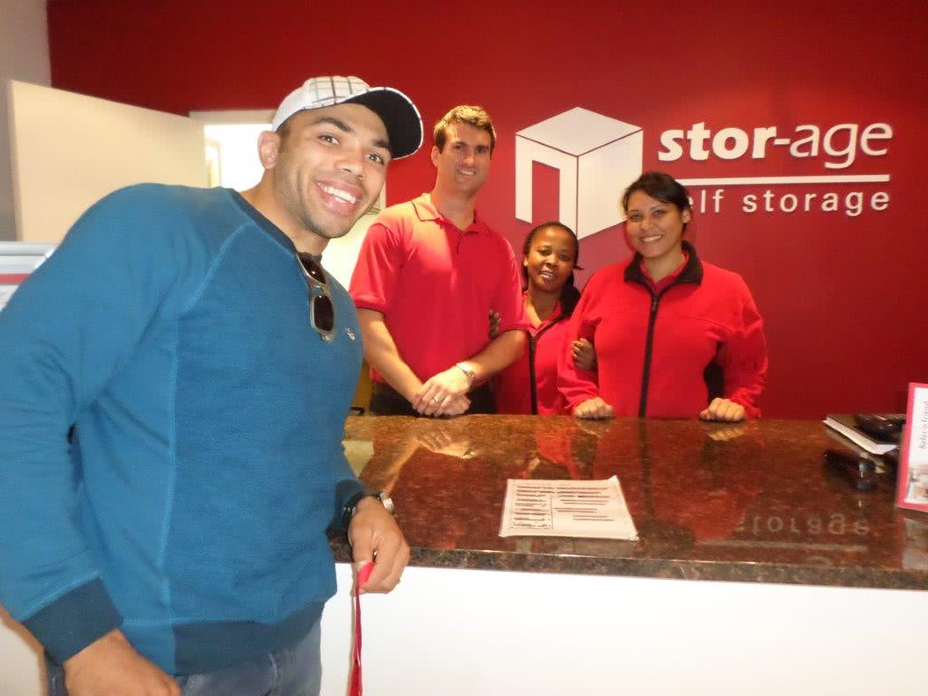 Bryan Habana and Deon Fourie Visit Their Local Stor-Age