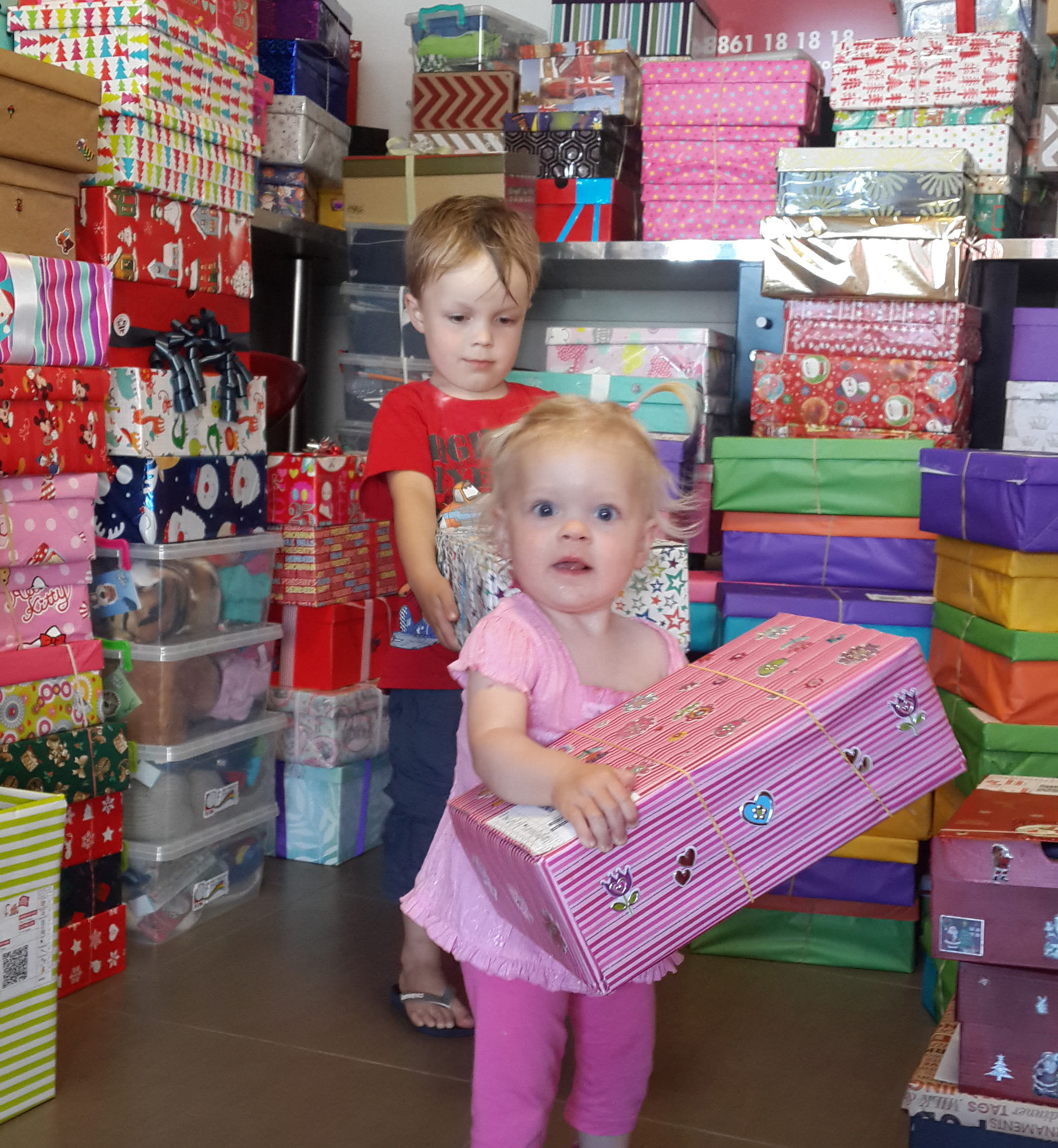 Santa Shoebox – Giving for Good