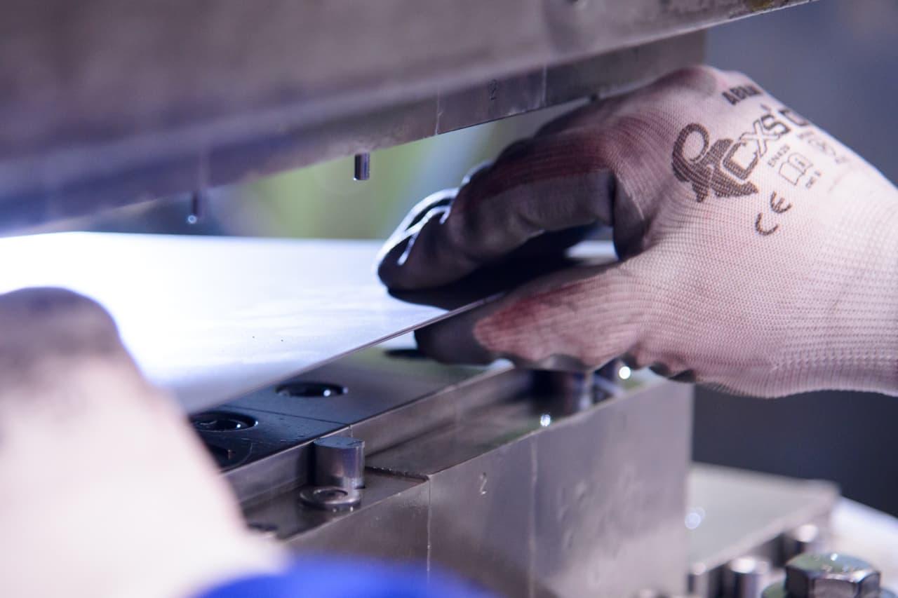 CENTES – Lisování kovů (1)