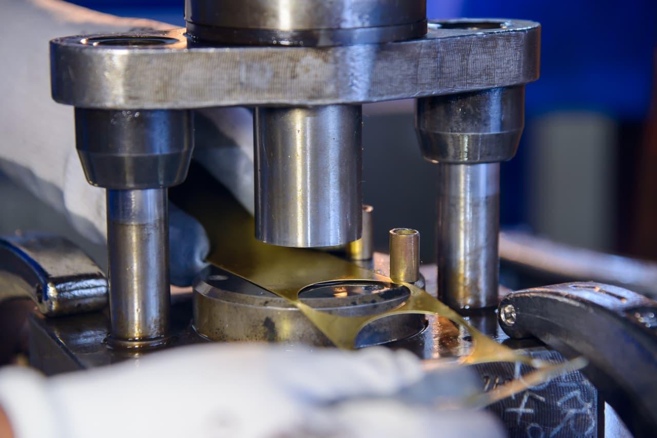 CENTES – Mechanické lisování (1)