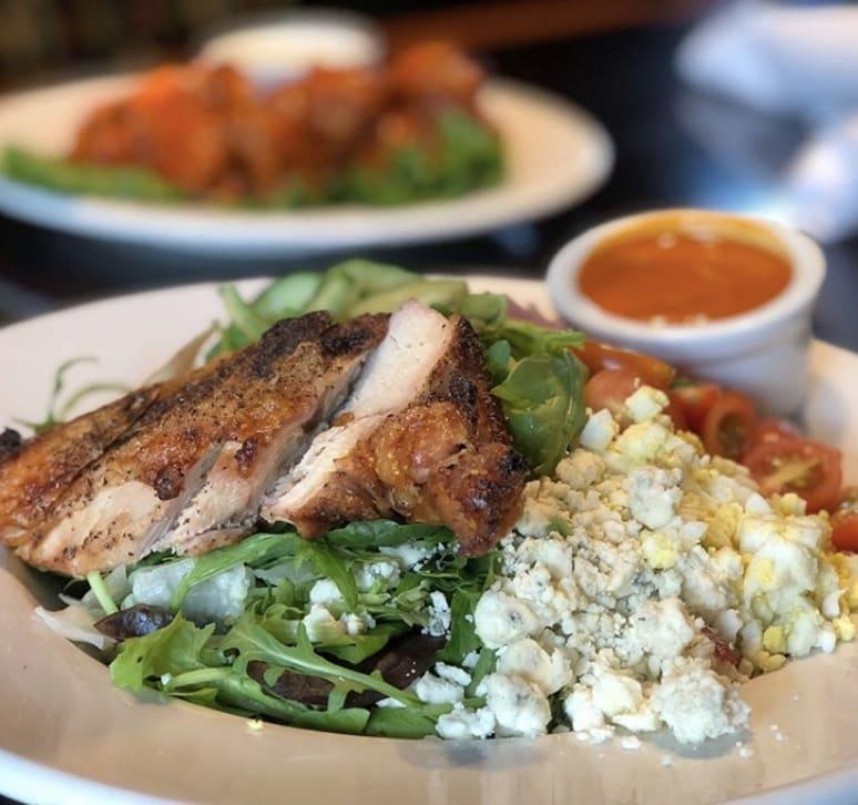 Bandanna's Bar & Grill Cobb Salad