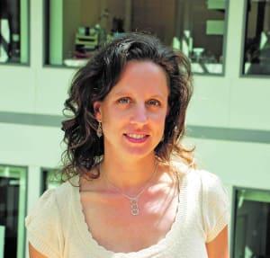 Sarah Holt