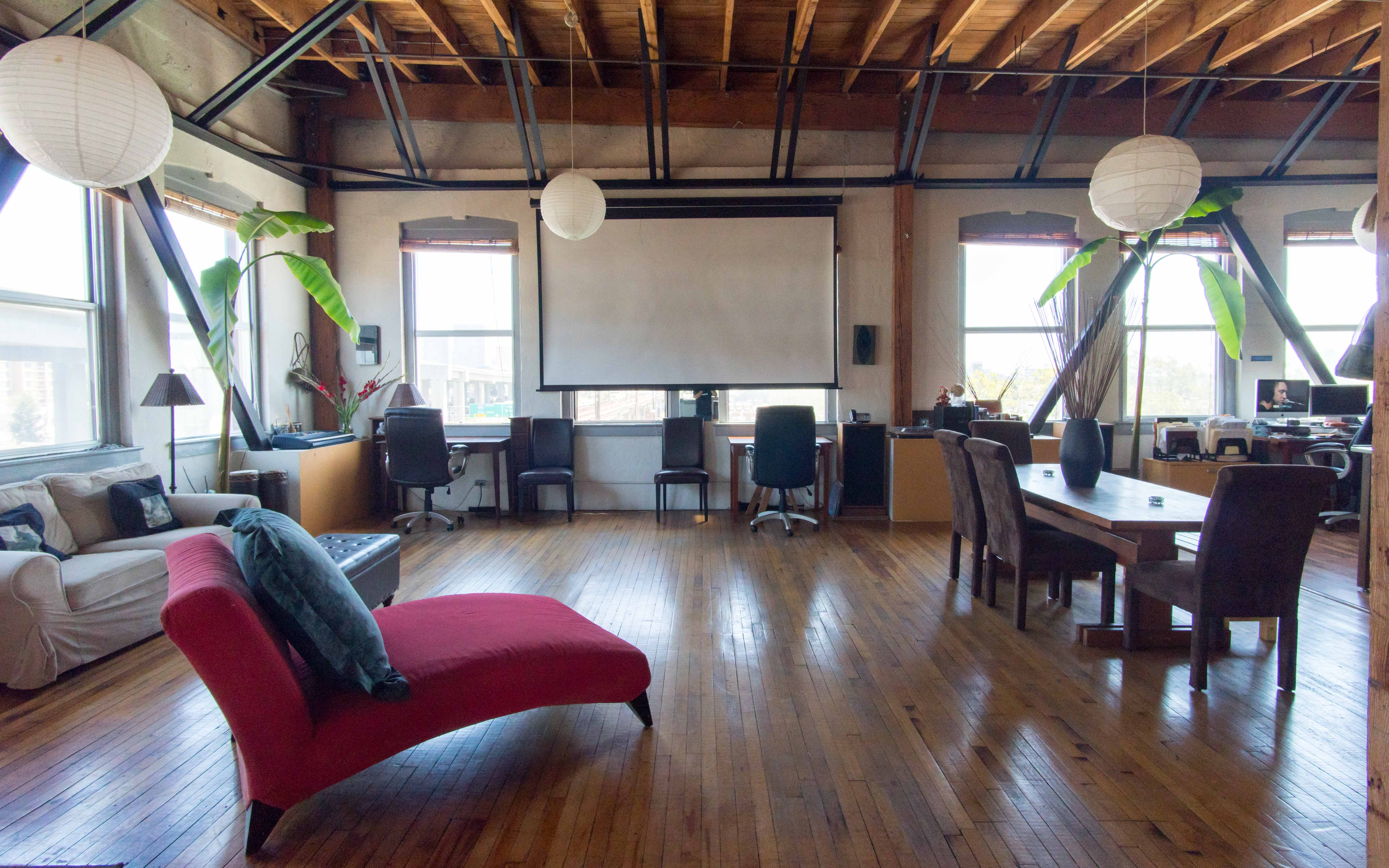 Professional Quality Live Streaming Available Amazing Top Floor 1500 Sq Ft Studio Work Live Loft In West Oakland Jack London Square Industrial Area Beautiful Views Of Jack London Embarcadero Downtown Oakland Emeryville Oakland Ca Off Site