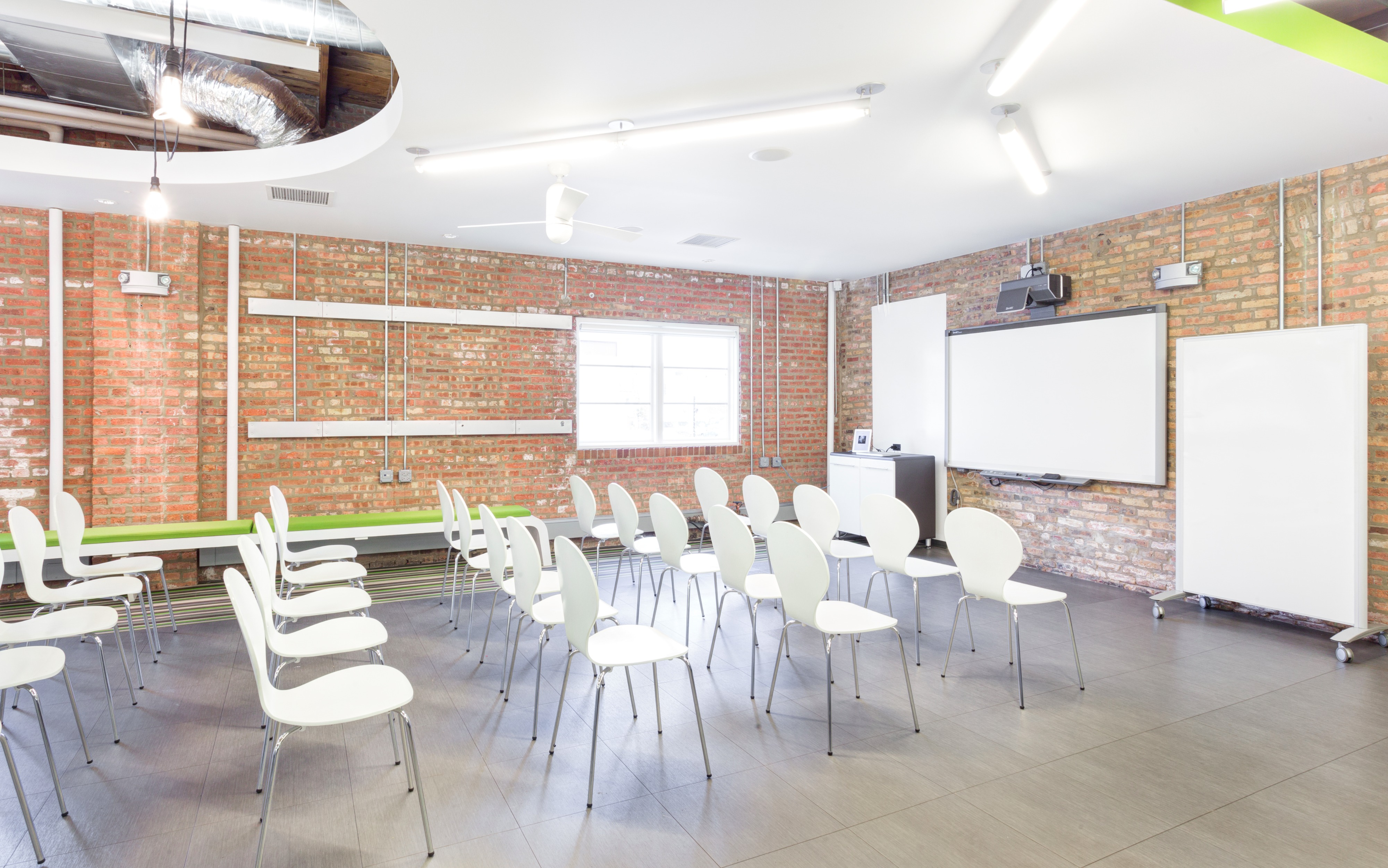 West Loop Dynamic Offsite Meeting Space, Chicago, IL | Production ...
