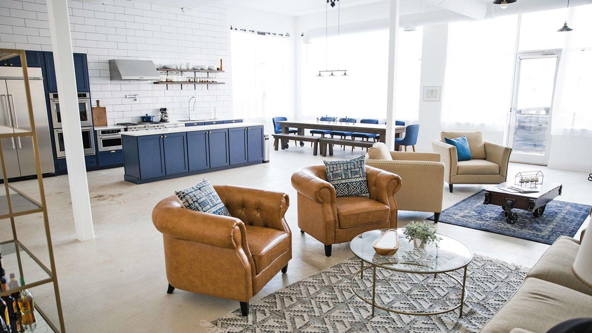 Industrial Farmhouse Entertaining Space Or Photo Shoot Space Chicago Il Production Peerspace