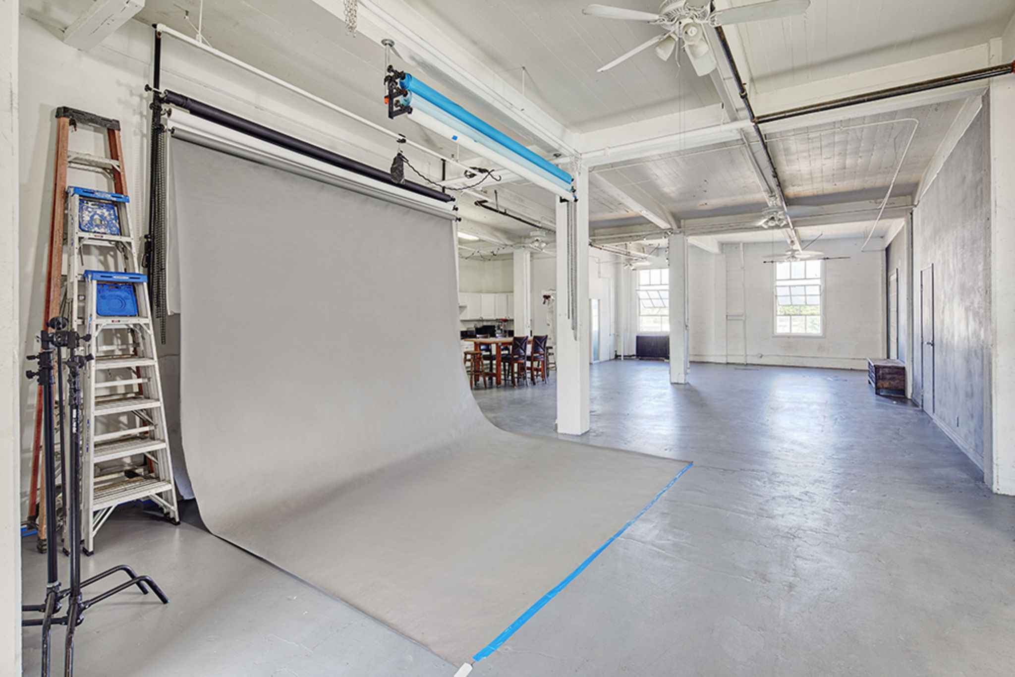 Urban Loft Spacious Photo Studio Los Angeles Ca Production Peerspace